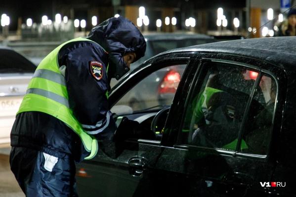 Инспектор ДПС пострадал от излишне рьяной пьяной дамы