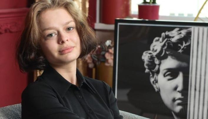 В Екатеринбурге полиция и поисковые отряды разыскивают 15-летнюю школьницу