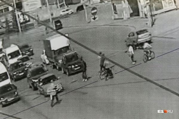 Столкновение произошло на перекрестке Машиностроителей и проспекта Космонавтов