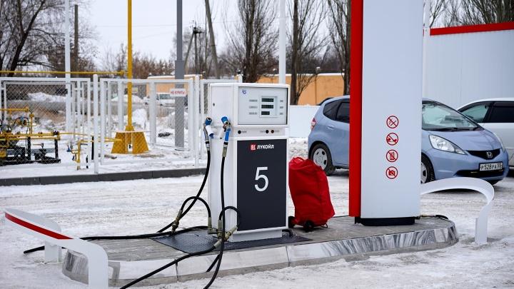 После новогодних праздников в Омске снова подорожал бензин
