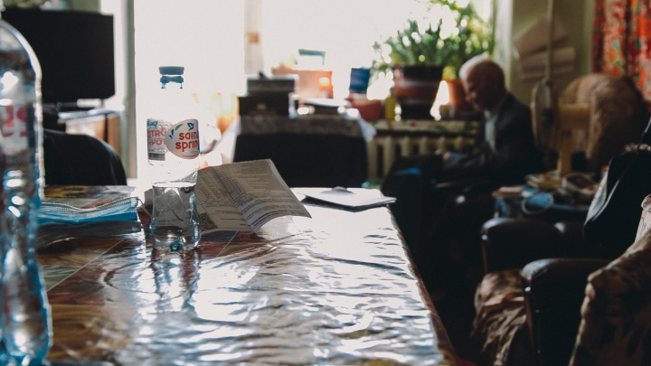 РЖД и Росимущество судились за счет тюменского пенсионера, который год после смерти получал выплаты