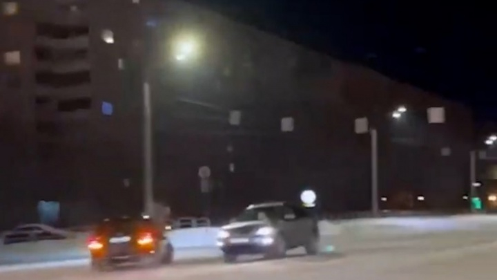 В Челябинске после нашумевшего ролика суд оштрафовал мажора на Mercedes