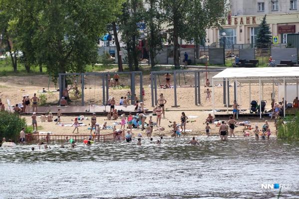В начале лета открылись городские пляжи
