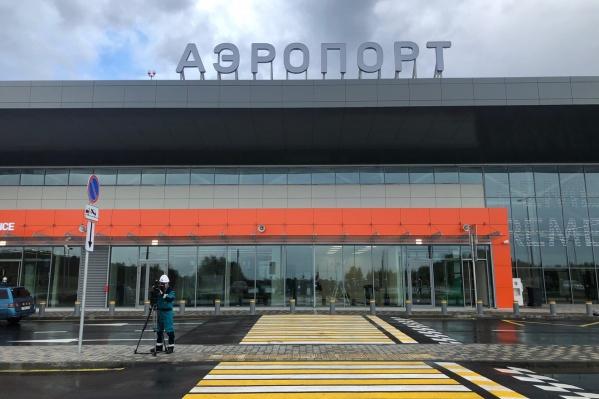 Тобольский аэропорт откроется через месяц. Сейчас идут подготовительные работы