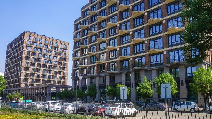 Кому власть? Собственники квартир в элитном комплексе в Уфе обвинили управляющую компанию в рейдерском захвате дома