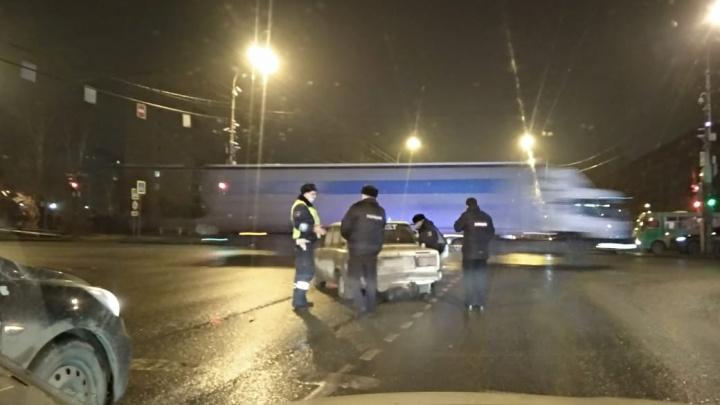 В Екатеринбурге полиция объявила план «Перехват» из-за угнанного ВАЗа