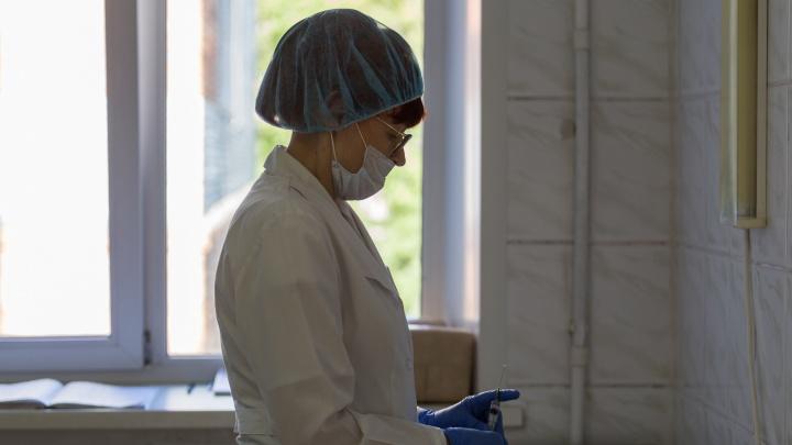 Что не так с вакциной «Вектора»? Истории участников клинических испытаний «ЭпиВакКороны»: что было после прививки