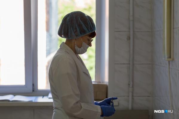 Некоторые добровольцы вышли из испытаний и поставили себе «Спутник». Мы узнали, почему они выбрали другую вакцину