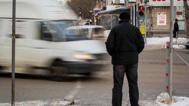 В апреле в Новосибирске массово подорожает проезд в маршрутках