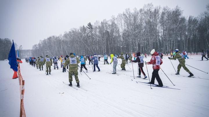 Попал в транспортный коллапс: Андрей Травников объяснил, почему не участвовал в «Лыжне России»
