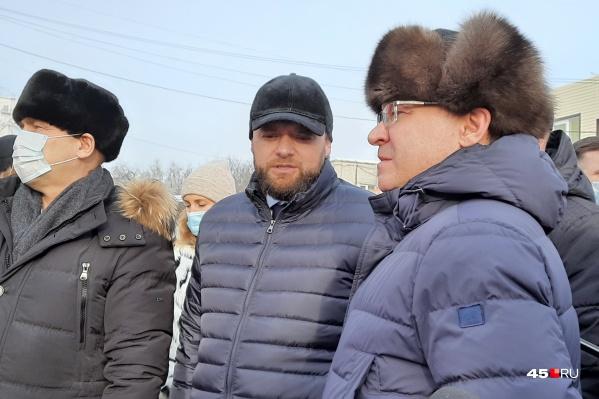 Шумков и Парышев обсудили с Якушевым возможность строительства эстакады на шоссе Тюнина