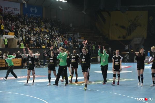 Ростовчанки упрочили лидерство в чемпионате