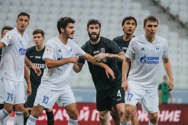 Дмитрий Хохлов признал, что команде пока не хватает сыгранности