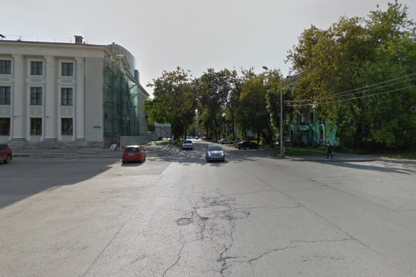Движение перекроют с обеих сторон от ДК Солдатова