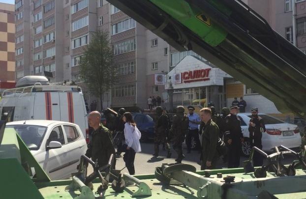 Голубев поручил усилить контроль на входе в школах Ростовской области из-за трагедии в Казани