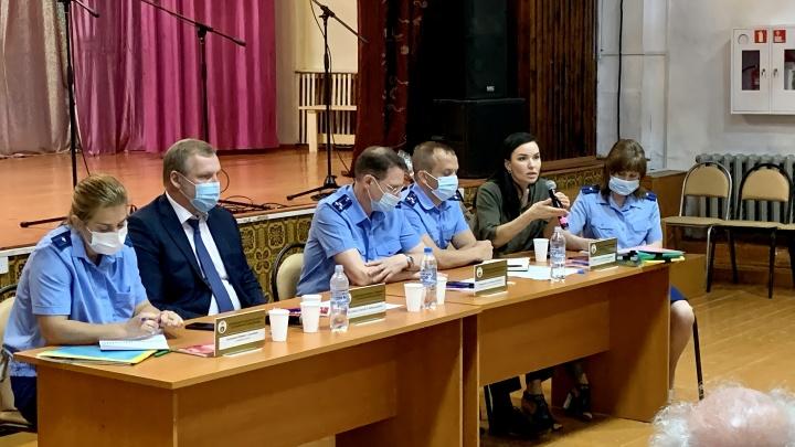 Управляющую компанию в Демьянке оштрафовали после звонка жителей Путину
