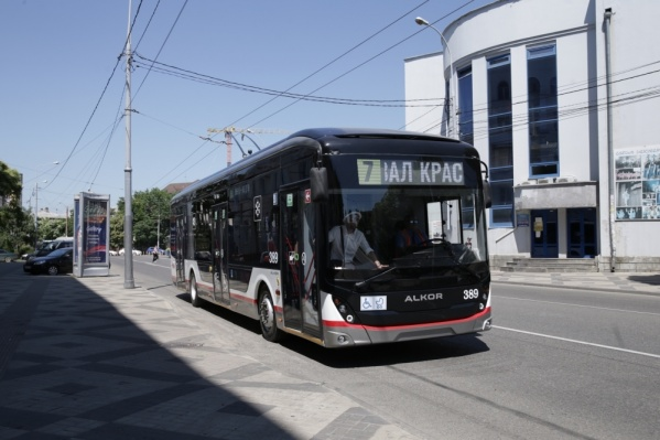 Новый троллейбус ездит по гостевому маршруту