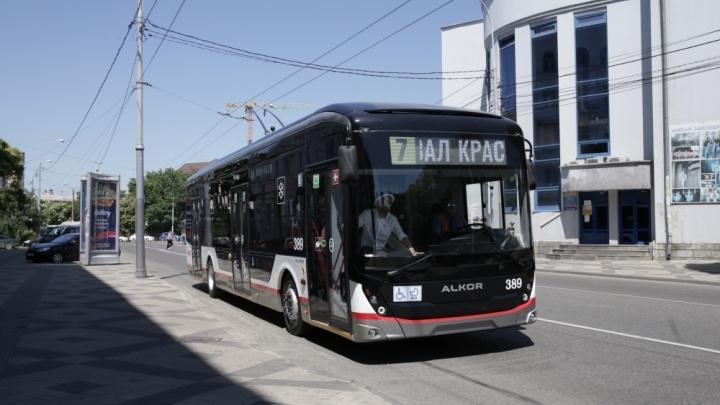На улицы Краснодара вышел первый троллейбус собственной сборки