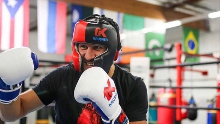 Атлетическая комиссия отменила бой челябинского боксера Сергея Ковалёва из-за тестостерона в пробе