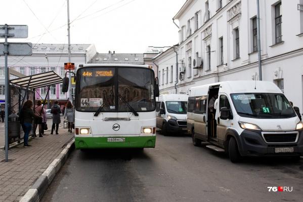 Основная суть реформы — избавиться от маршруток, перейти на большие автобусы на линиях