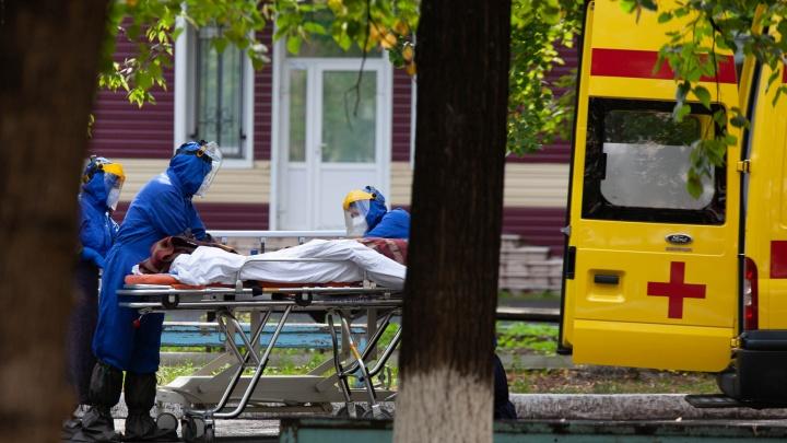 «Читал вашу статью»: Александр Моор заявил, что в тюменских моногоспиталях нет проблем с кислородом