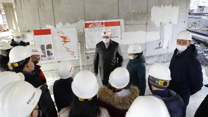 Власти Кузбасса отправят студентов работать на крупные стройки региона