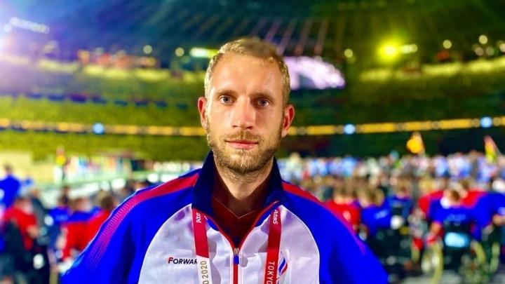 Еще одно серебро: омский легкоатлет стал вторым в забеге на Паралимпиаде