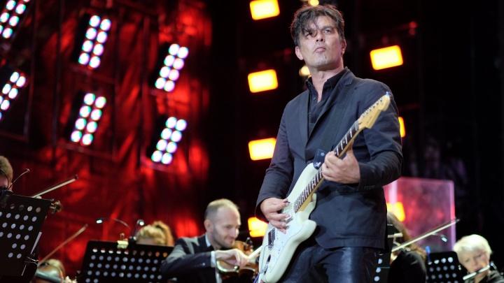 Гитарист группы «Кино» Юрий Каспарян иЦой-младший приедут в Тюмень сбольшим концертом