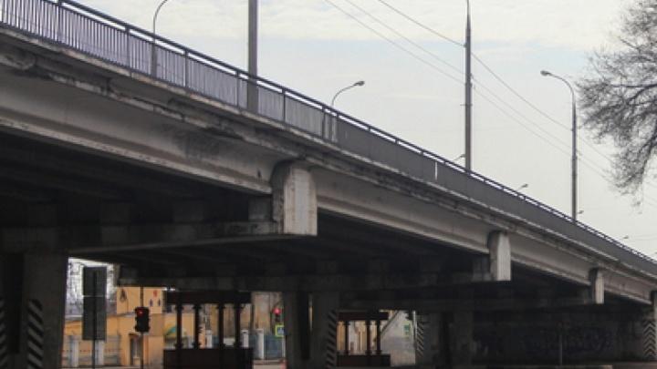 «Окна» на 26 миллионов: подрядчики ремонта путепровода на Авроре предстанут перед судом
