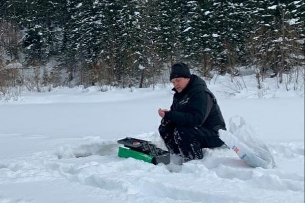 Мэр Кемерово на зимней рыбалке