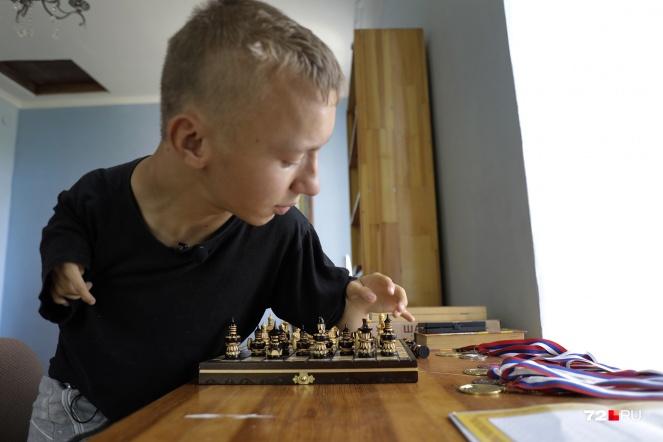История, после которой Серафим стал известен, произошла из-за его любви к шахматам