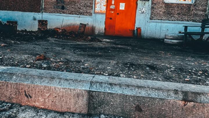 В Ярославле расторгли контракт с подрядчиком, который не смог отремонтировать дворы