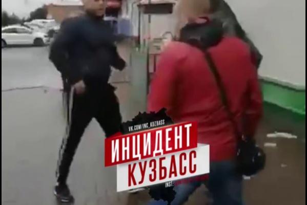Участников конфликта доставили в отдел полиции