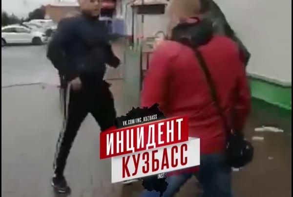 В кузбасском ТЦ распылили перцовый баллончик и устроили драку: комментарий полиции