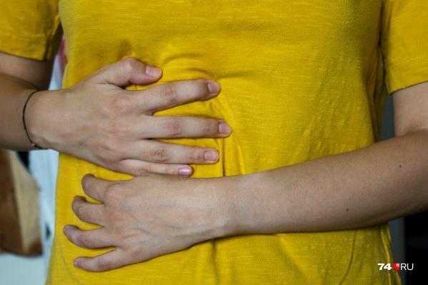 Зачастую гепатит долго никак себя не проявляет и обнаружить его может только врач