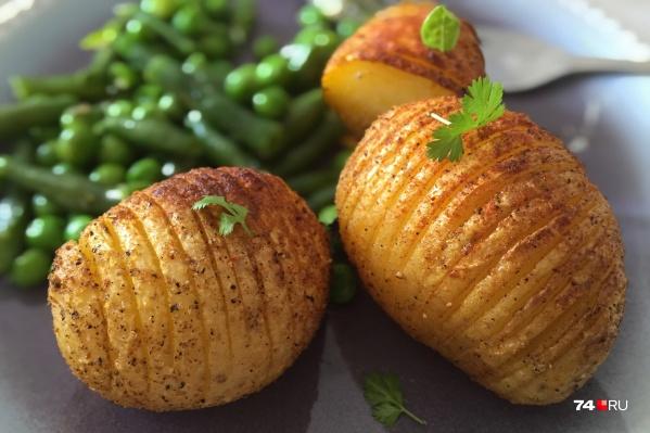 Кстати, запекание (без масла) — один из лучших способов приготовления картошки