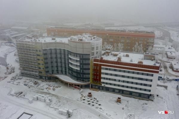 Новые корпуса онкоцентра строятся на территории больничного комплекса в Дзержинском районе