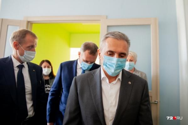 Губернатор Александр Моор продлил режим повышенной готовности