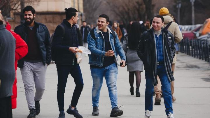В Челябинске с карты студента из Египта увели больше 200 тысяч рублей
