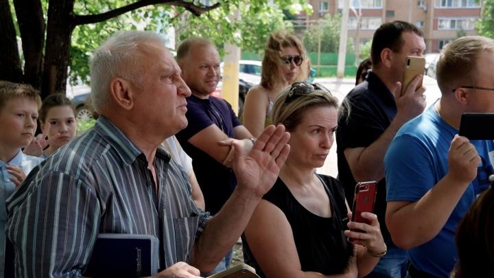 «А мы — не люди?»: самарцы попросили остановить строительство 32-этажек на «Антошке»