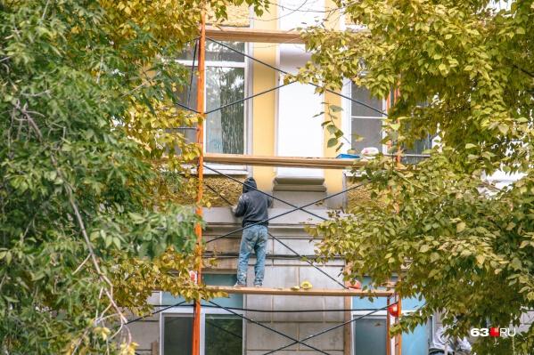 Деньги от жильцов идут на ремонт домов