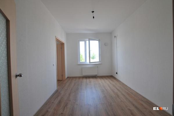 """В Екатеринбурге средняя стоимость однокомнатной квартиры на вторичном рынке оценивается в&nbsp;<nobr class=""""_"""">3,24 миллиона</nobr> рублей"""