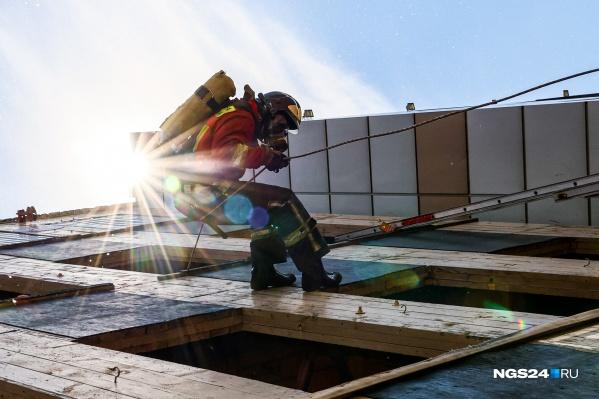 Первый день соревнований пожарных