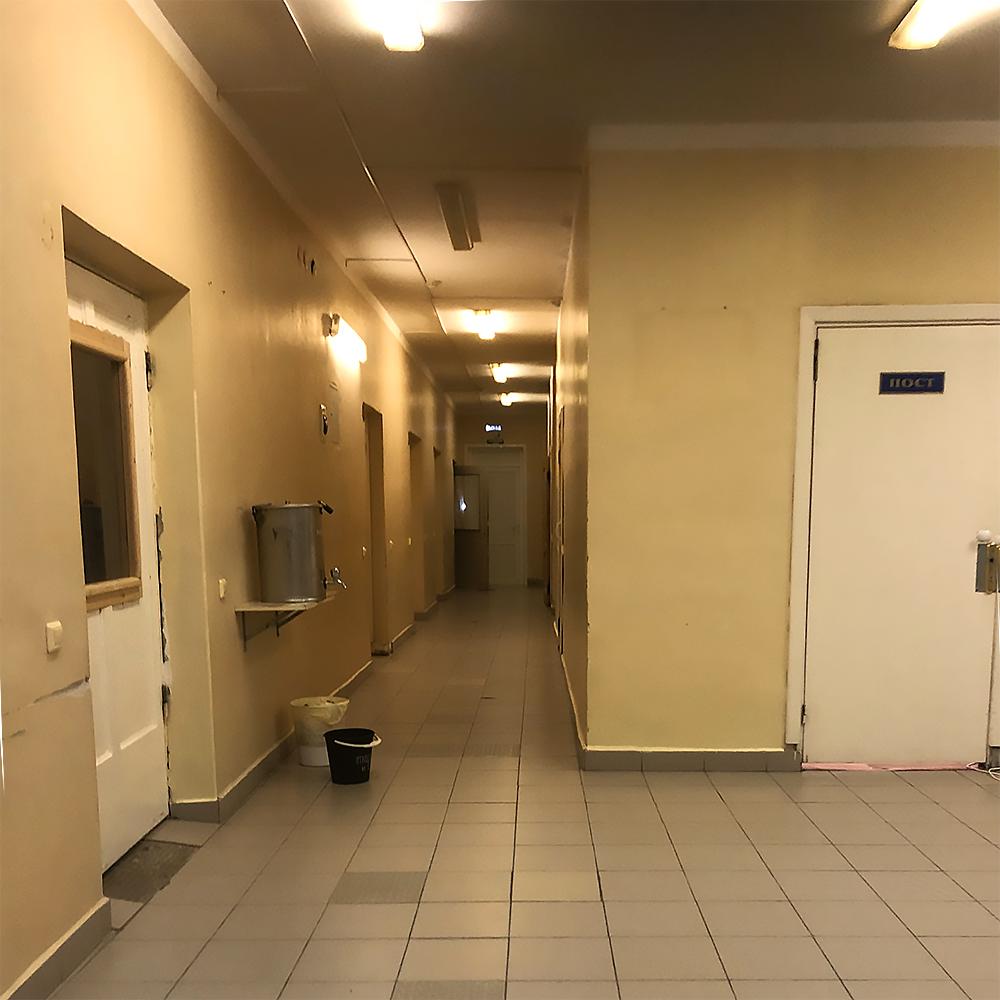 Всего на этаже содержат 48 пациентов