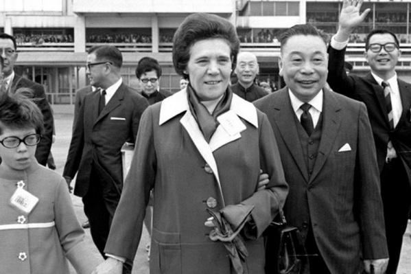 "Цзян Цзинго и Цзян Фанлян (Фаина Вахрева) прожили в браке <nobr class=""_"">53 года</nobr>"