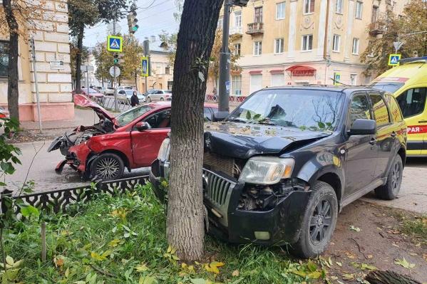 Авария случилась в центре города