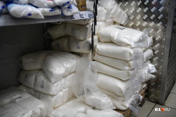 Губернатор прокомментировал ситуацию с нехваткой сахара в регионе