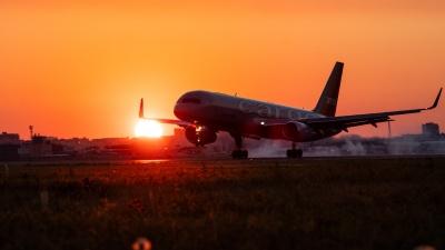 Охотники за самолетами: 24 красивых кадра со споттинга в омском аэропорту