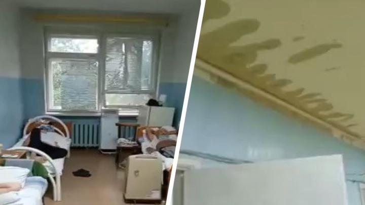 В Волгоградской области затопило ковидный госпиталь — видео