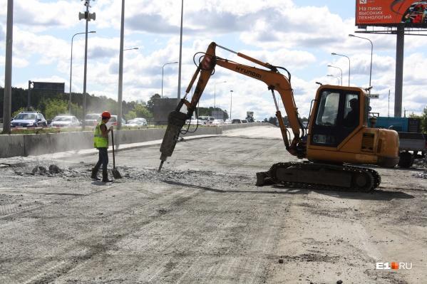 Ремонт моста на Луганской обернулся огромными пробками в разных направлениях